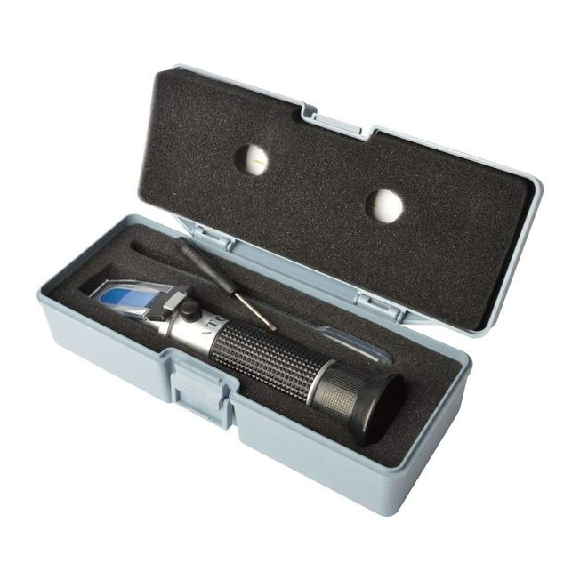Refractometer 0-32% Brix + 1.000-1.130 specific gravity with ATC